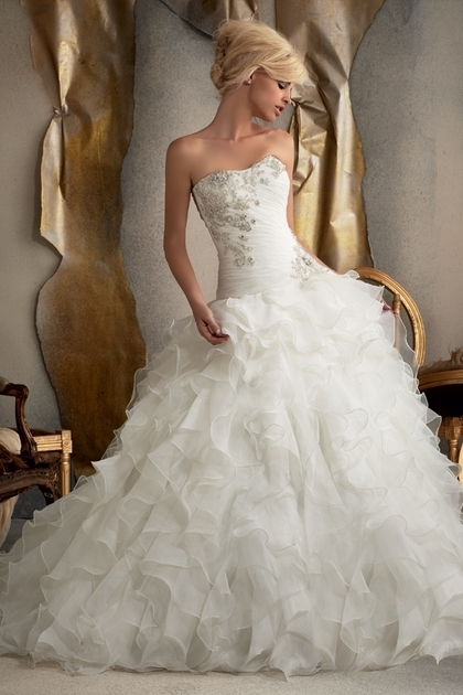 : blingy wedding dresses