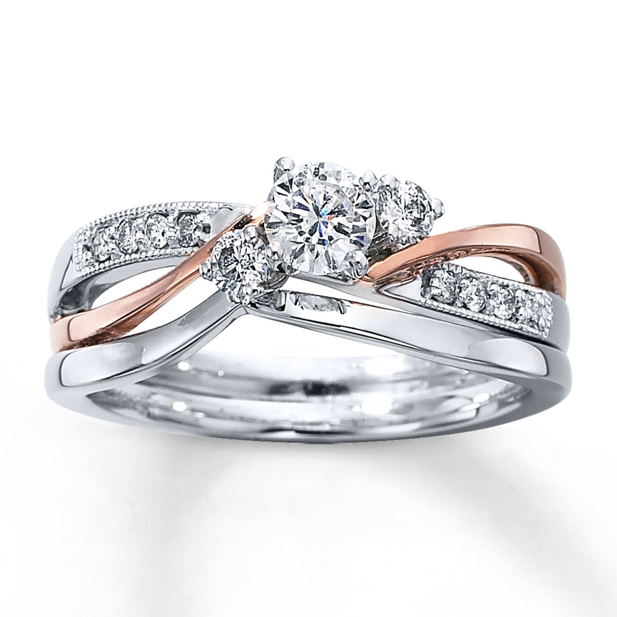 : gold diamond wedding ring sets