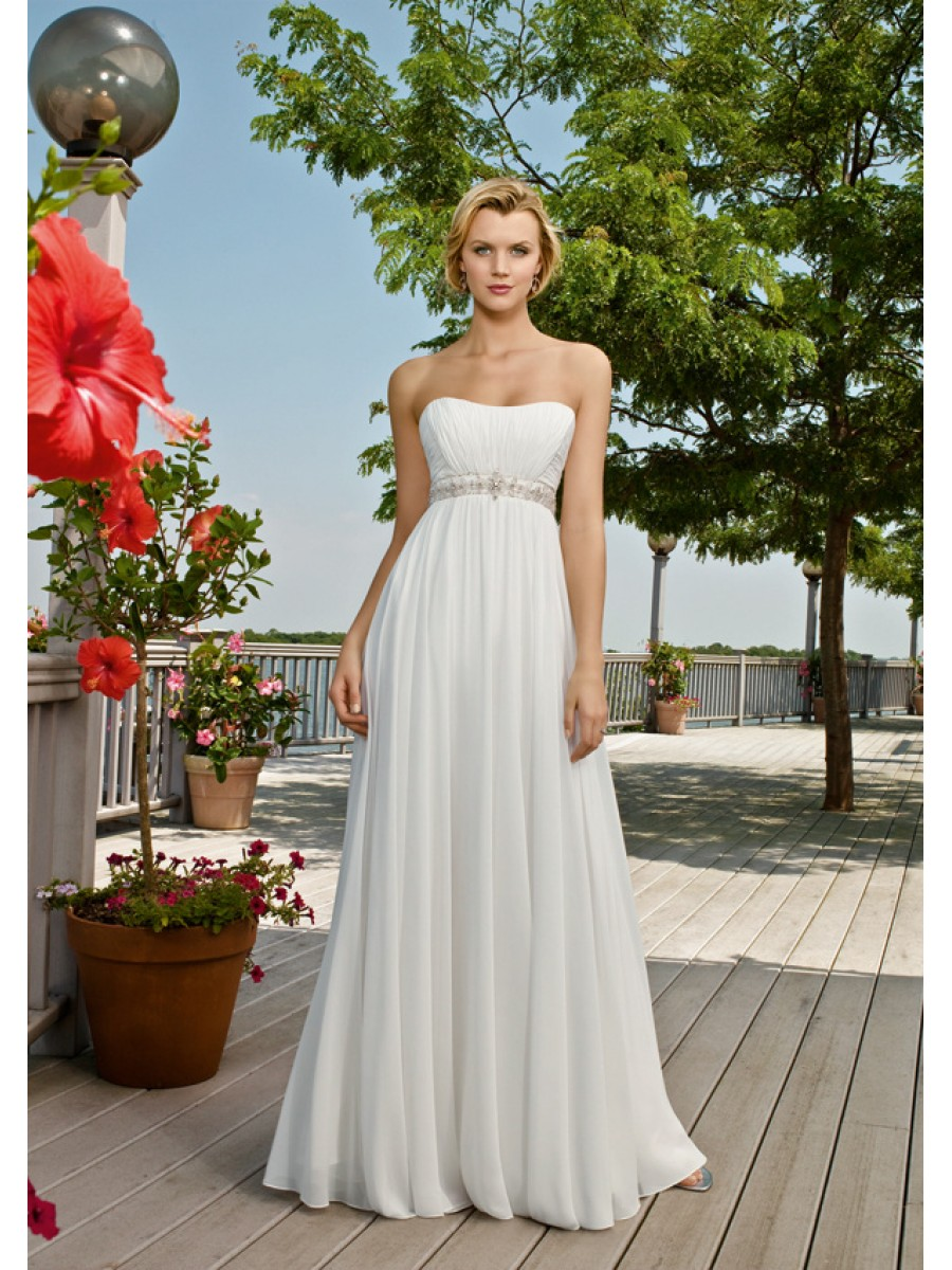 : hawaiian beach wedding dress