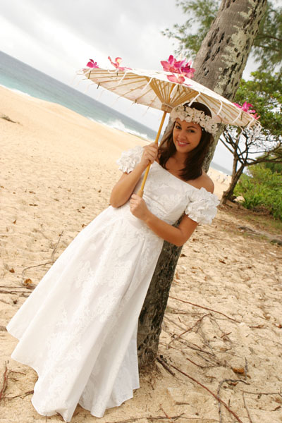 : hawaiian wedding dresses casual