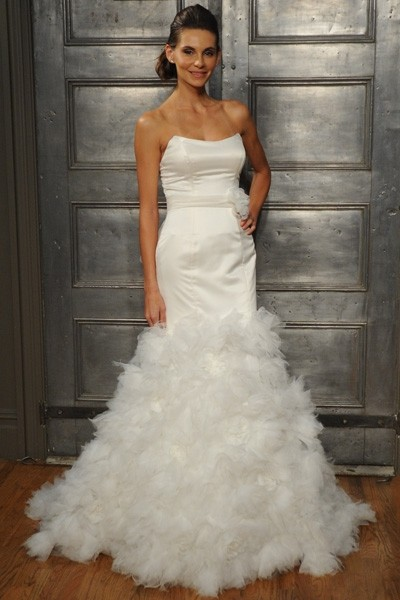 : kleinfeld wedding dress