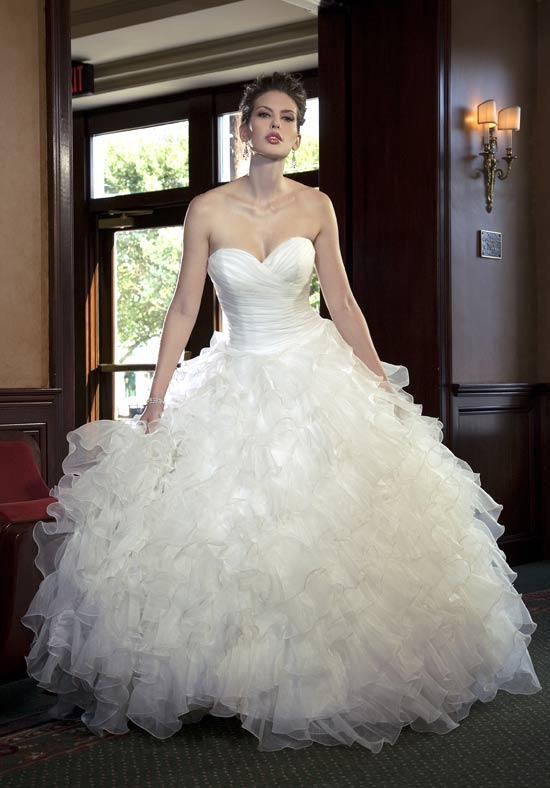 : kleinfeld wedding gowns