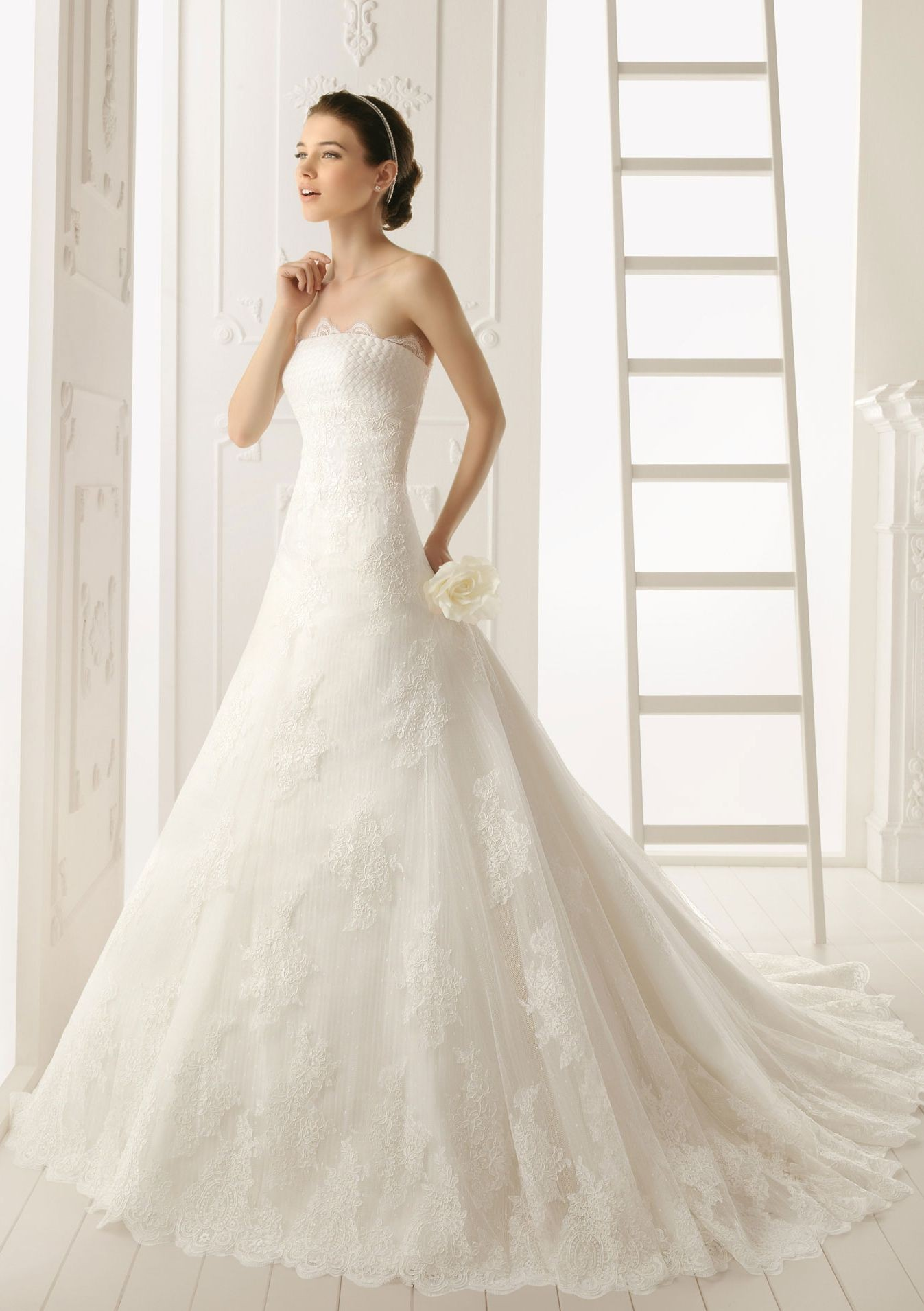 : lace wedding dresses with cap sleeves