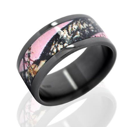 : pink camo wedding ring set