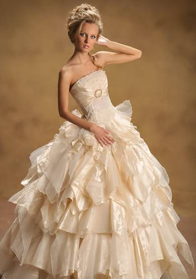 : pnina tornai wedding dresses 2011