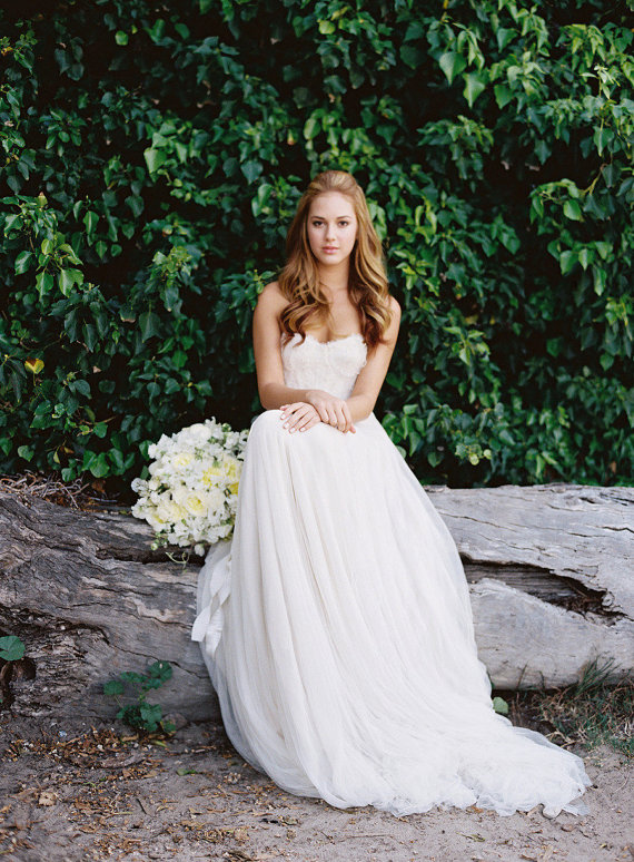 : rustic wedding dress