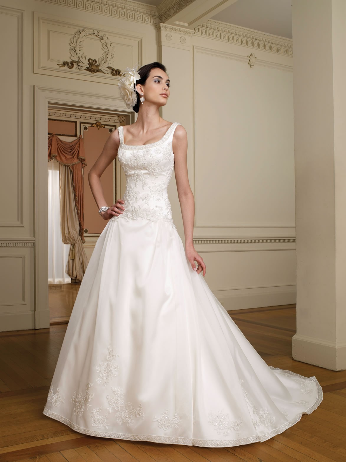 : short pnina tornai wedding dress