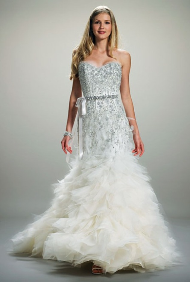 : sparkly wedding gown