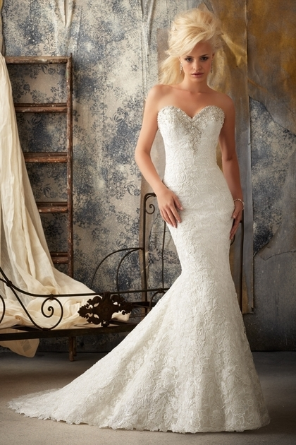 : sweetheart bling wedding dresses