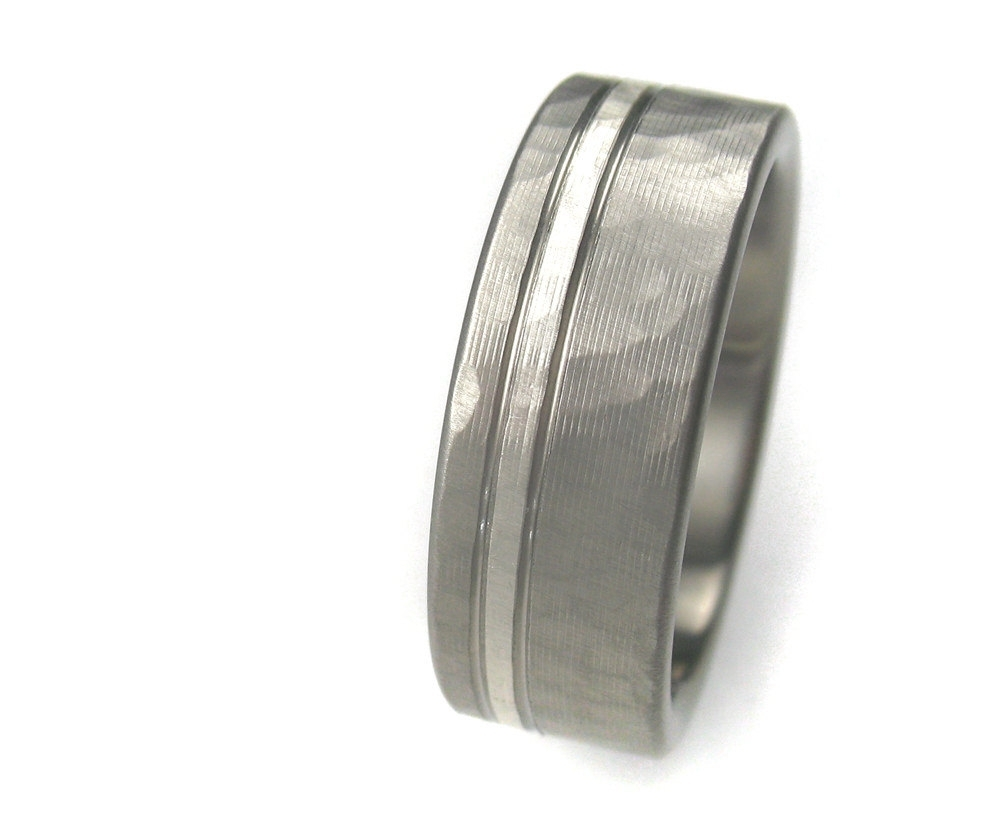 titanium mens wedding ring