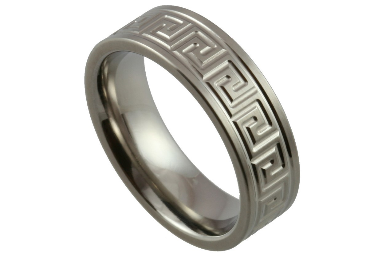 : titanium mens wedding rings
