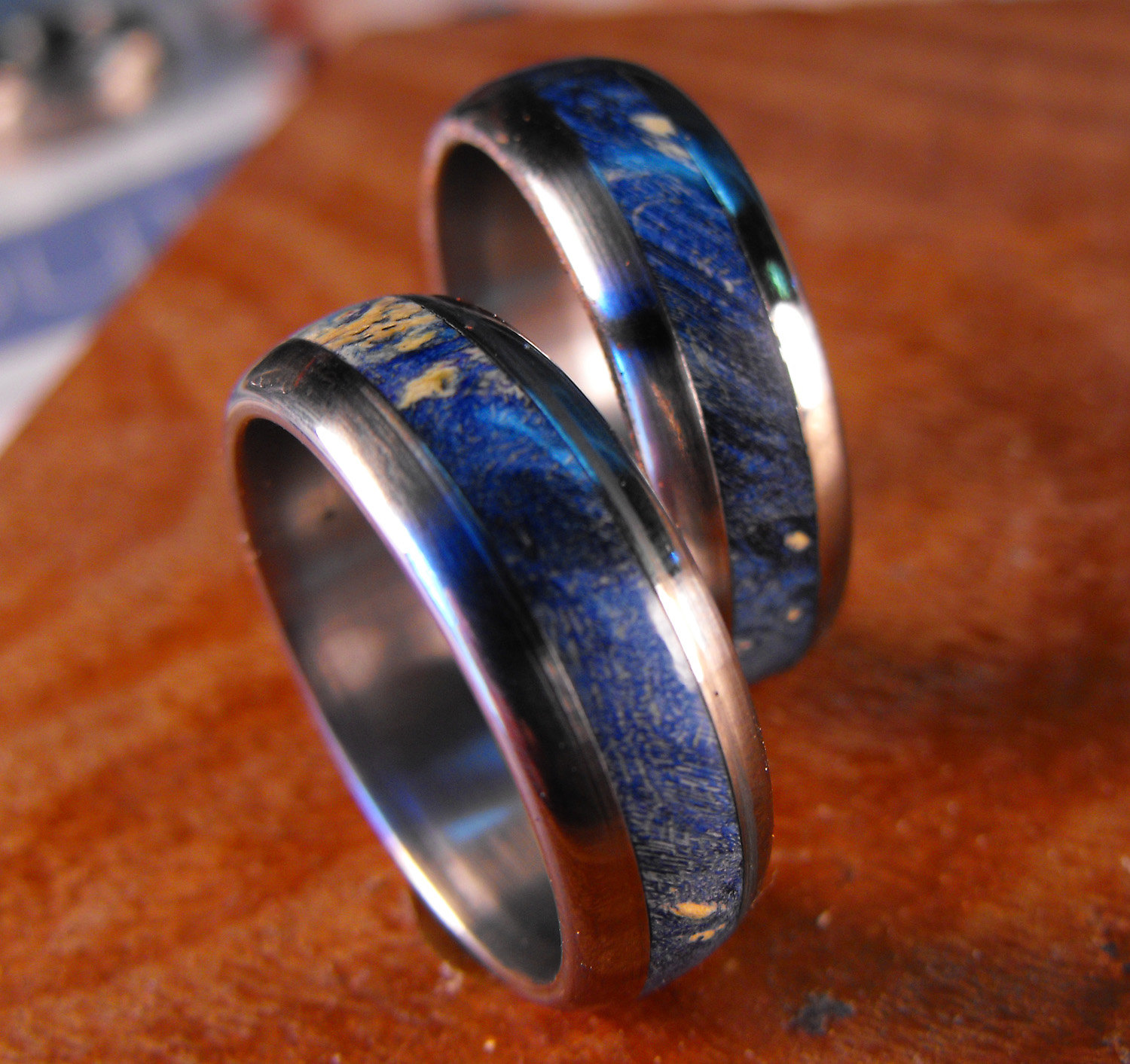 : titanium wedding band sets