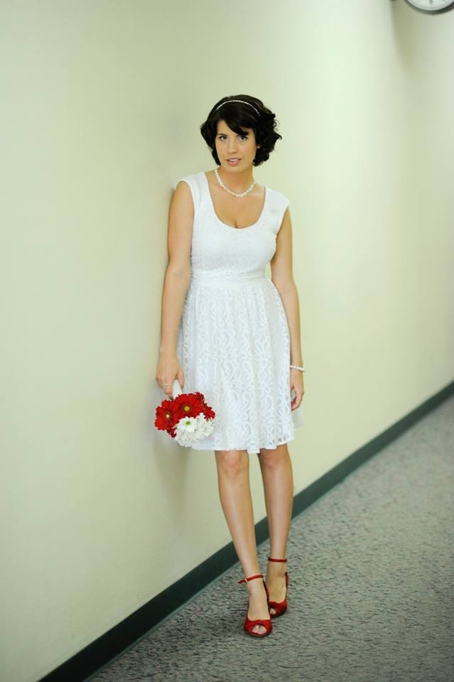 : wedding dresses for courthouse weddings