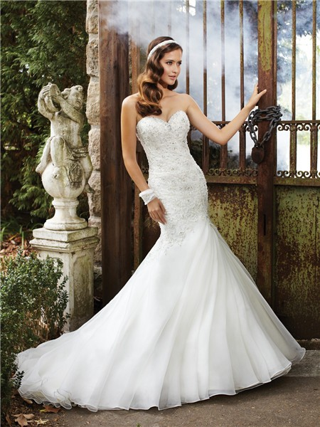 : wedding dresses sparkly